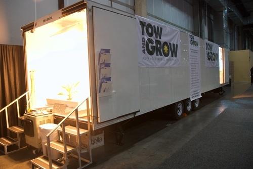 mobile-hydroponics-trailer-005